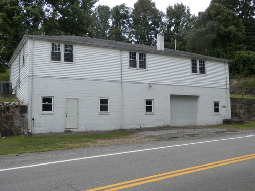 Great property with house - 8542 Salem Highway - Stuart Virginia